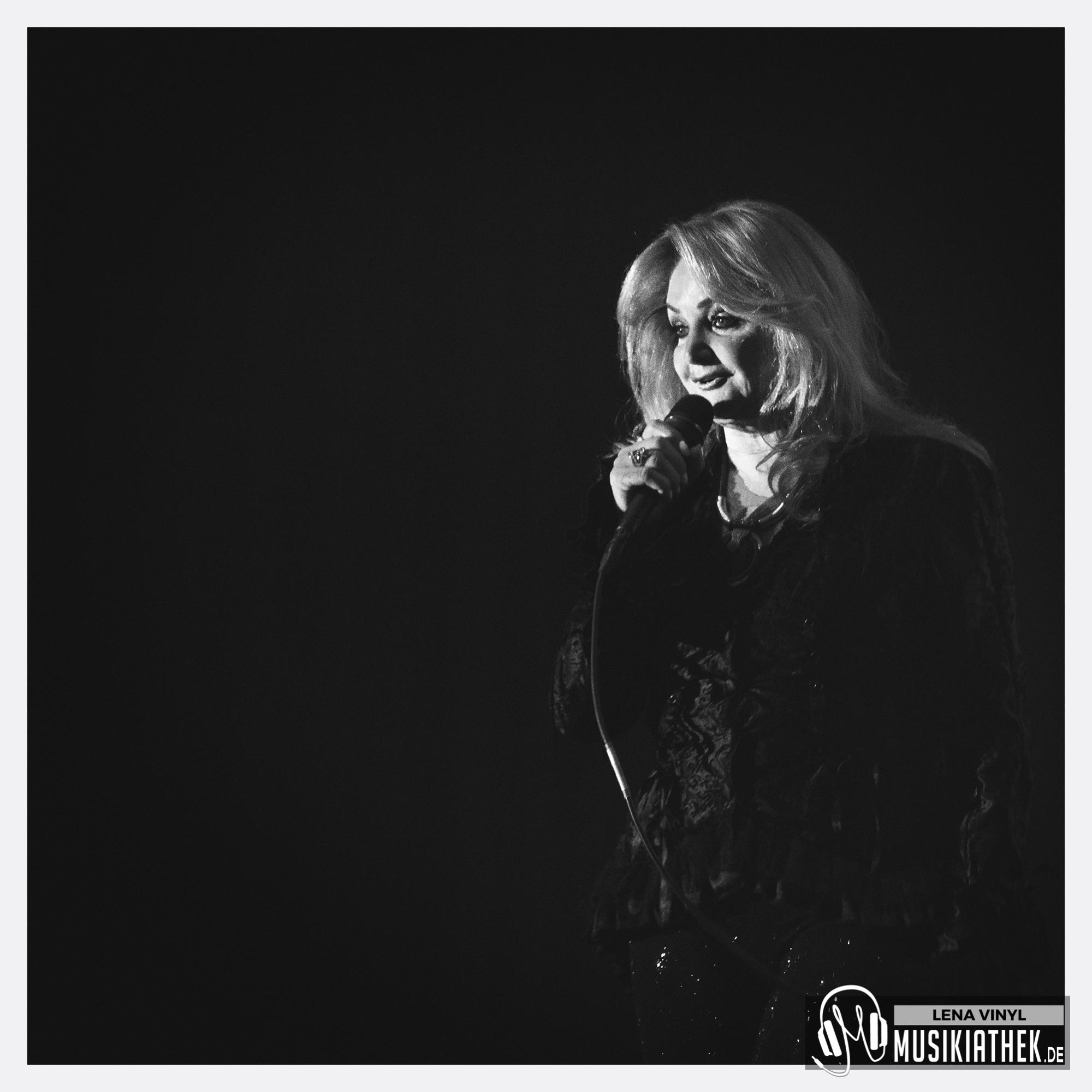2019_Bonnie_Tyler_Westfalenhallen_Dortmund-001
